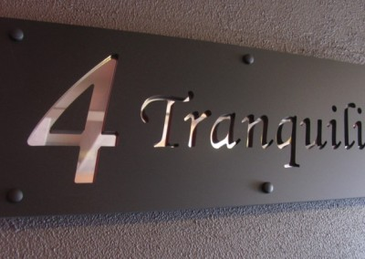 Tranquility 600 x 200 Matt black with mirror alloy, monotype font