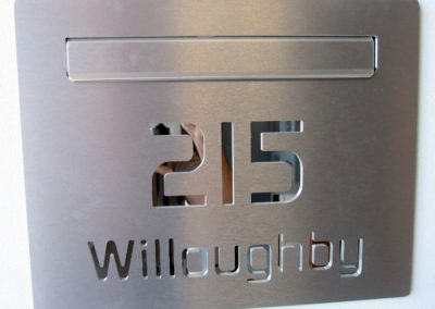 Willougby Custom Cave Letterbox 430mm x 300mm