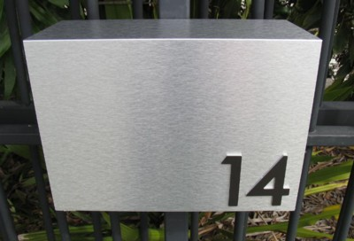 Brushed Aluminium with numbers